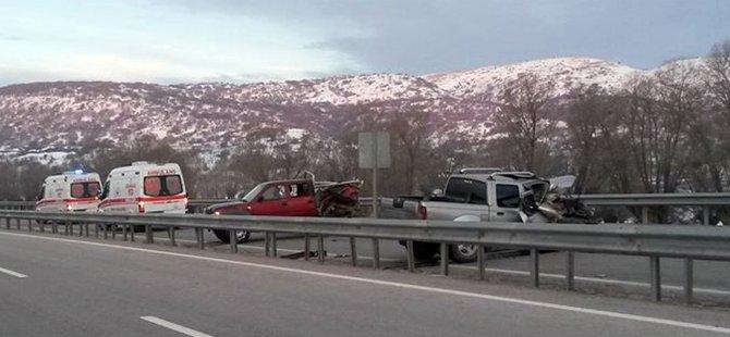 Beypazarı Ankara Karayolunda Trafik Kazası 3 Yaralı