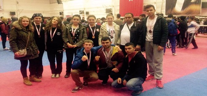 Türkiye şampiyonasında Beypazarı Belediyesi AHİD spor klübünden 12 öğrencimiz dereceye girmiştir
