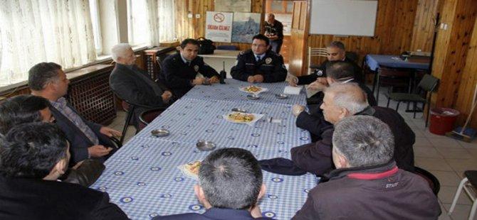 Emniyet Amiri Hamdi Yeşilyurt, Asayiş Toplantısı Düzenledi