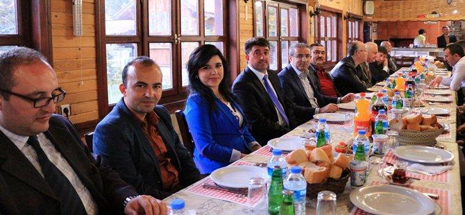 Emniyet Müdürlüğünden Son Yılların En Güzel 10 Nisan Yemek Organizasyonu