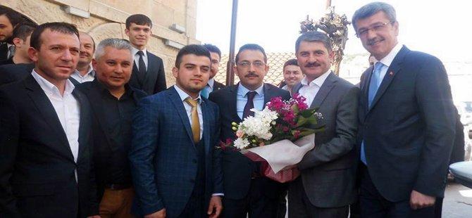 Ak Parti Ankara 2.Bölge 6. Sıra Milletvekili adayı Ayhan Yılmaz seçim çalışmaları için Beypazarı'na geldi.