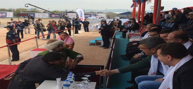 Beypazarı Belediye Başkanı Tuncer Kaplan Uluslararası Altın Ok Festivaline Katıldı