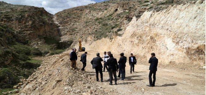 Karcıkaya Mahallesi ve Çevre Yolu yapım çalışmaları devam ediyor