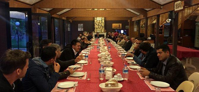 Ak Parti Beypazarı İlçe Yönetimi İstişare Toplantısını Zindancık Tesislerinde Yaptı