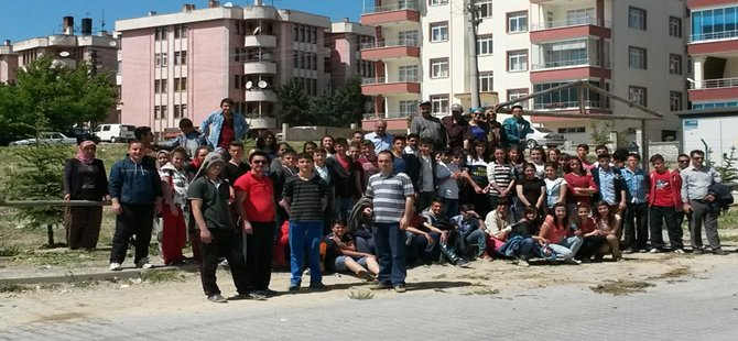 """Beypazarı Evliya Çelebi Mesleki ve Teknik Anadolu Lisesi Müdürü Hüseyin KAPLAN """" Yeşile ve Doğa'ya Saygı Gösterilmeli"""""""