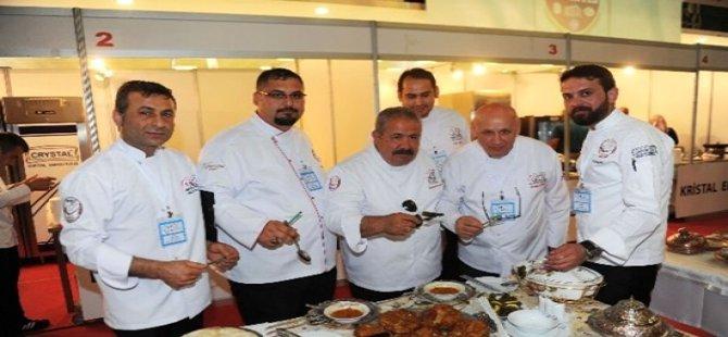1. Başkent Ulusal Aşçılar ve Pastacılar Şampiyonası Beypazarı'lı Aşçılarda Katılıyor