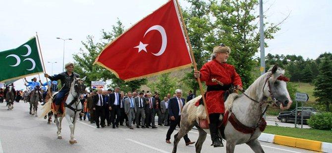 BEYPAZARI FESTİVALİ RENKLİ GÖRÜNTÜLERLE BAŞLADI