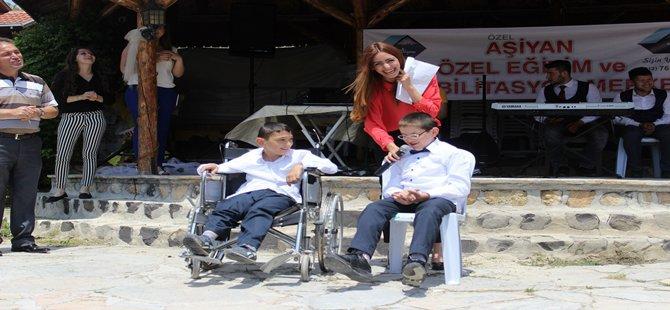 Beypazarı Aşiyan Özel Eğitim ve Rehabilitasyon Merkezinin hazırlamış olduğu üçüncü geleneksel yaz şenliği Kozalan dağı Doğanbey Tesislerinde yapılmıştır.