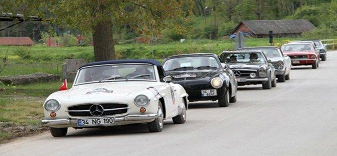 Klasik Otomobiller  12 Eylül Cumartesi Günü Beypazarı'na Geliyorlar