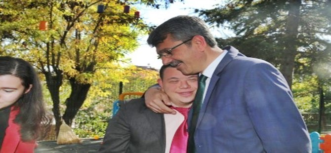 BEYPAZARI BELEDİYE BAŞKANI TUNCER KAPLAN  ''ENGELLERİ AŞMAK İÇİN BURADAYIZ''
