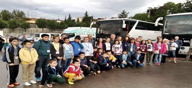 Beypazarı'nda  Başarılı Öğrencilere Konya Gezisi İle Ödüllendirdi