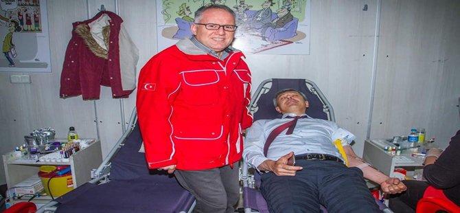 Beypazarı Belediye Başkanı Tuncer KAPLAN Kan Bağışında Bulundu