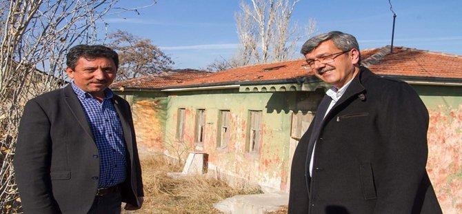 Beypazarı Belediye Başkanı Tuncer Kaplan Mustafa Kemal Atatürk'ün Talimatıyla 1928 Yılında Yaptırılan Okula Restorasyon Yaptırıyor