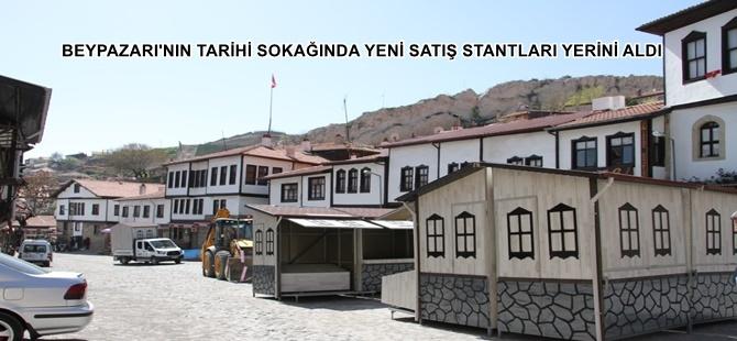 BEYPAZARI'NIN TARİHİ SOKAĞINDA YENİ SATIŞ STANTLARI YERİNİ ALDI