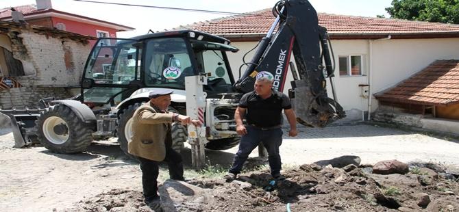 Beypazarı Belediyesi Yol Yapım İşlemlerini Sürdürüyor