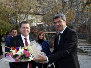 Beypazarı Belediyesi Balıkesir´in Karesi ilçesi Belediyesi ile kardeş şehir protokolü imzaladı