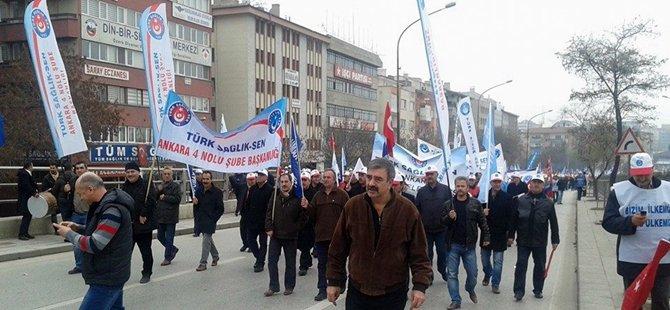 """Türkiye Kamu Sen """"MEMURA EK ZAM"""" Yürüyüş ve Mitingi Yaptı"""