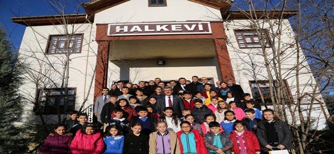 Beypazarı´nda 18 yıl aradan sonra Çocuk Meclisi, yapılan kongre ile kuruldu