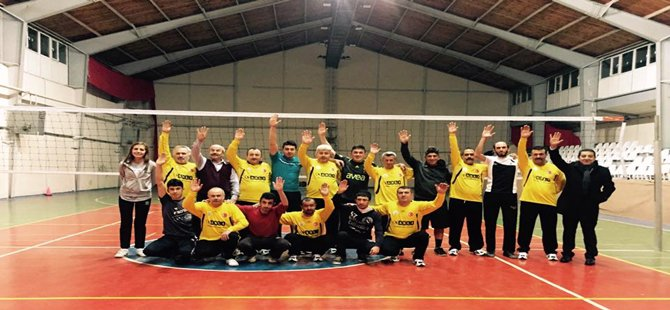 Beypazarı Belediyesi birimler arası voleybol turnuvası başladı
