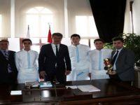 Beypazarı Evliya Çelebi Mesleki ve Teknik Anadolu Lisesi, Turizm Otelcilik Okulları dalında 2. olarak büyük bir başarıya imza attı.