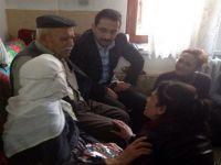 Ak Parti Başkanları Yaşlıları Evlerinde Ziyaret Ettiler