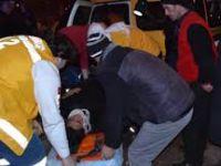 Beypazarı Kiler Kavşağında 1 Kıza Çarpan Araç Kaçtı Kız Yaralı...