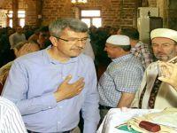 Beypazarı  Sultan Alaeddin Camii'nde bulunan Sakal-ı Şerif, Kadir Gecesi dolayısıyla öğle namazı sonrası halkın ziyaretine açıldı.