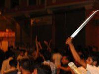 Gaziantep sokaklar savaş alanına döndü: 4 ölü