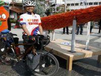 Tayvan'dan bisikletiyle yola çıkan Bo Wen Xiaa, Beypazarı'nda mola verdi