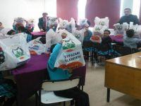 Beypazarı Belediye Başkanı Tuncer KAPLAN Öğrencilere Kırtasiye Hediye Etti