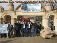 Beypazarılı Ülkücüler Şehit Polis Mahmut BİLGİN'e, Mezarı Başında Kur'an Okuttular