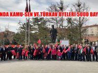 BEYPAZARI'NDA KAMU-SEN VE TÜRKAV ÜYELERİ 5000 BAYRAK DAĞITTI
