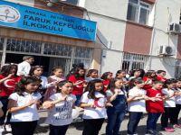 BEYPAZARI '' HEM '' İŞARET DİLİ KURSUNA KATILAN ÖĞRENCİLER İLK ÇEVİRİLERİNİ YAPTILAR