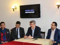 Beypazarı Belediye Başkanı Tuncer Kaplan 10 Ocak Çalışan Gazeteciler Günü dolayısı ile basın mensupları ile kahvaltıda bir araya geldi